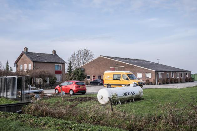 Cette ferme de Herwijnen (province de Gueldre, aux Pays-Bas) était utilisée comme laboratoire de drogue. Lors d'une descente du Service des interventions spéciales, en juin 2020, deux Mexicains et un Néerlandais y ont été arrêtés.