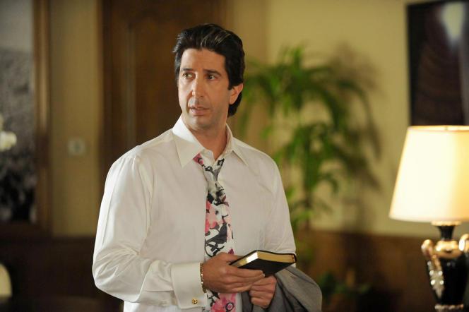 David Schwimmer dans la peau de Robert Kardashian, l'un des avocats d'O.J Simpson.
