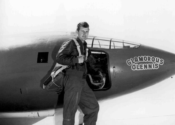 Photographie de l'US Air Force de Chuck Yeager, prise en1947.