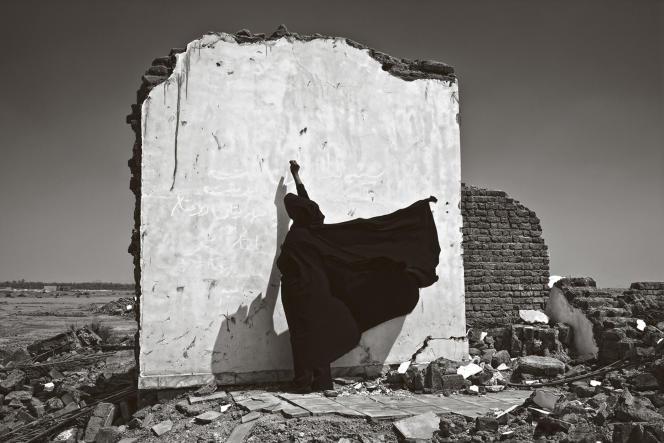 Sans titre, série « Bam », 2005. Extrait d'« Une histoire mondiale des femmes photographes », sous la direction de Luce Lebart et Marie Robert