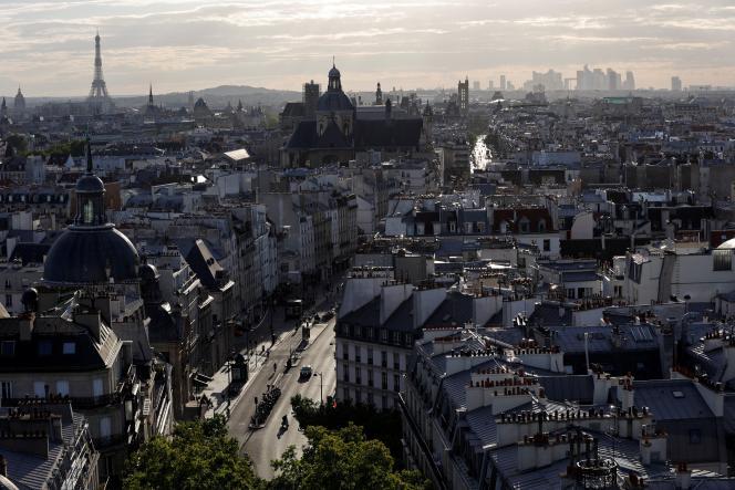 A Paris, le 9 juillet.