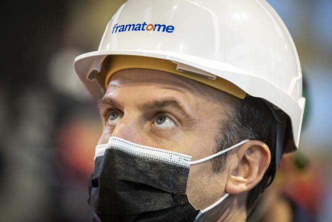 Emmanuel Macron, président de la République, visite l'usine Framatome au Creusot, le 8 décembre.