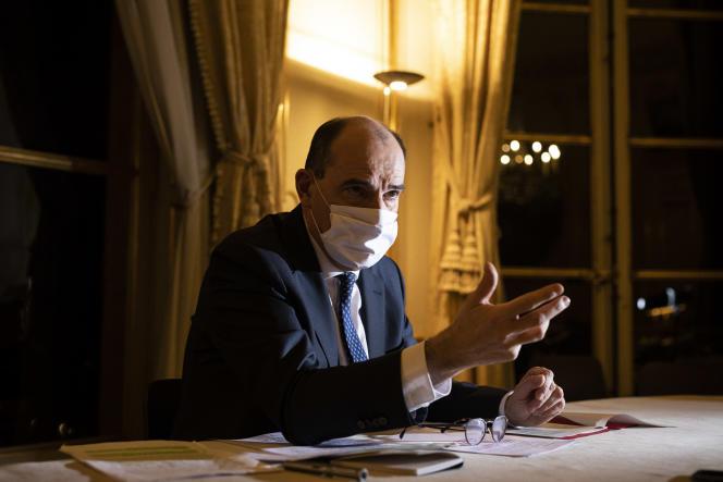 Jean Castex, premier ministre, photographié dans ses bureaux à Matignon le 7décembre.