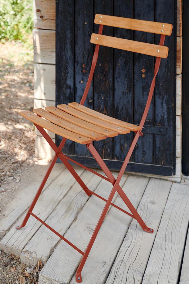 Une chaise Bistro.