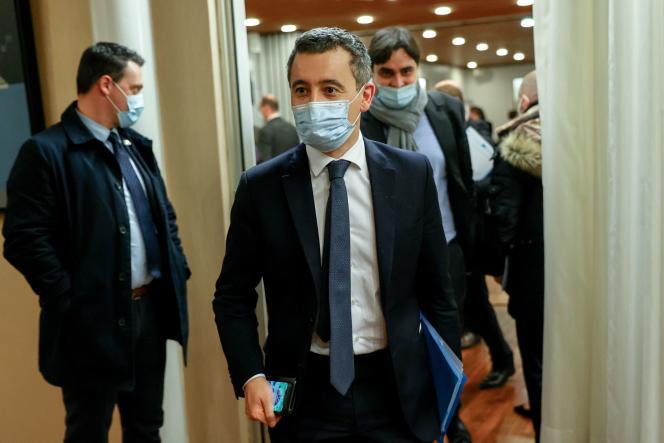 Le ministre de l'intérieur, Gérald Darmanin, en visite à la préfecture de l'Essonne àEvry, le 9 décembre.