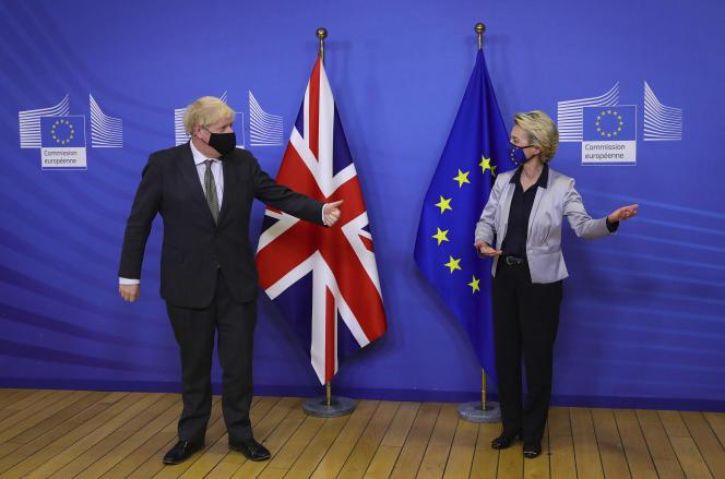 Boris Johnson et Ursula von der Leyen, à Bruxelles, le 9 décembre.