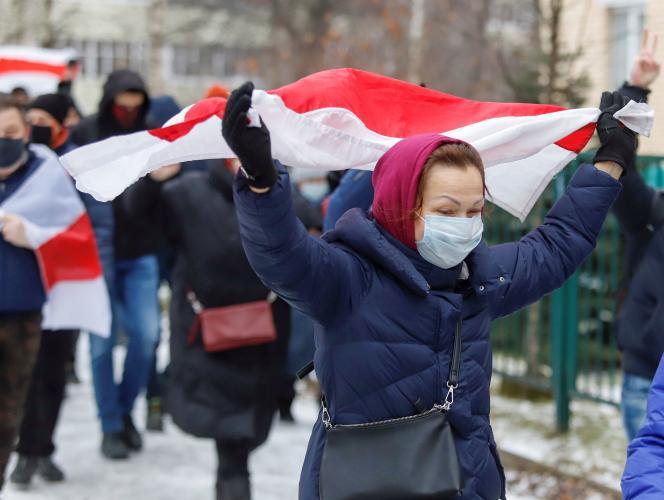 Selon le site d'information proche de l'opposition Nasha Niva, une centaine de rassemblements d'opposants ont été organisés à Minsk et dans ses environs.