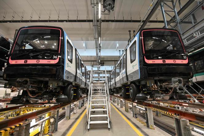 De nouvelles rames fournies par Alstom pour la ligne 14 du métro parisien, entreposées à Saint-Ouen (Seine-Saint-Denis), le 3 décembre.