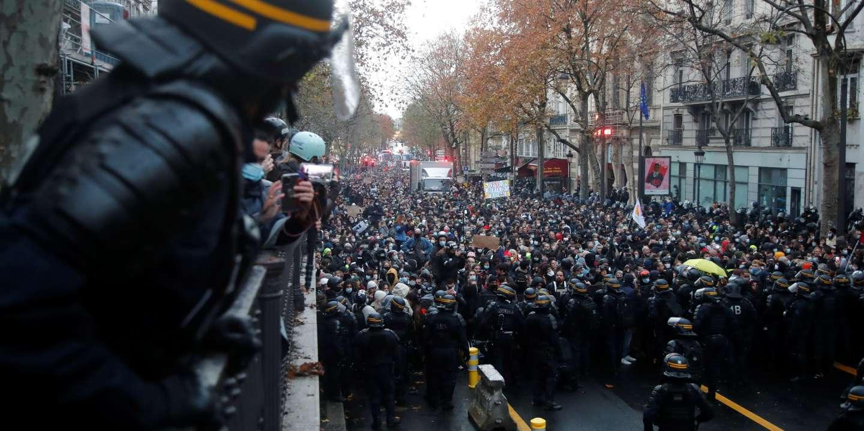 Manifestations Sous Tension A Paris Et Dans Le Reste De La France Contre La Loi Securite Globale