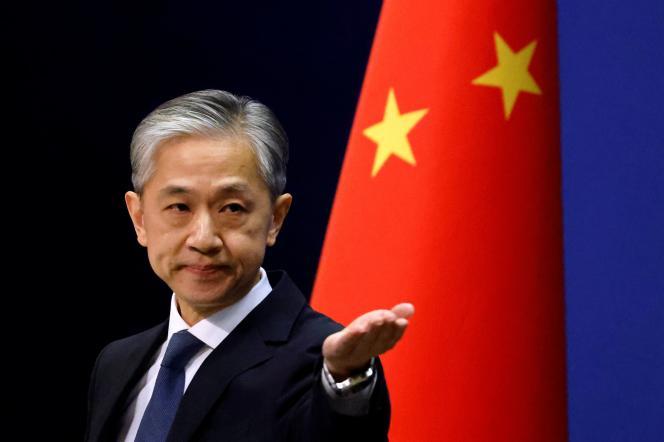 Le porte-parole du ministère des affaires étrangères chinois lors d'une conférence de presse à Pékin, le 14 décembre.