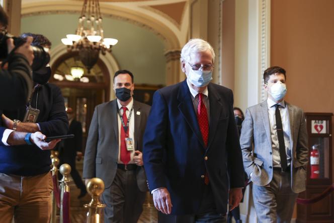 Le chef de la majorité républicaine au Sénat, Mitch McConnell (Kentucky), à Capitol Hill, siège du Congrès des États-Unis, à Washington, DC, le 14 décembre.