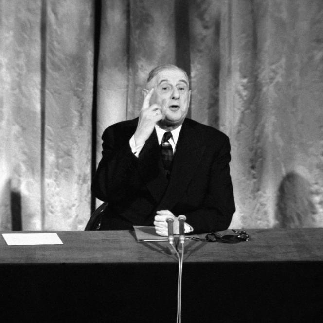 Charles de Gaulle,président de la République,le 15 mai 1962 au palais de l'Elysée à Paris.