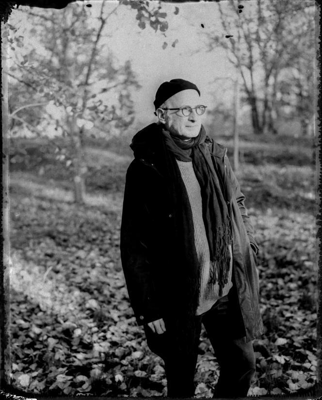 Boris Valentin, archéologue, dans le parc de Sceaux (Hauts-de-Seine), le 30 novembre 2020.