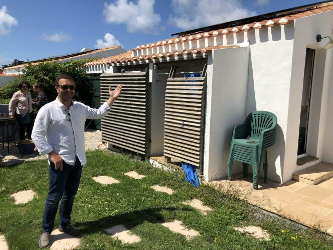 David Augereau est l'un des cinq producteurs d'électricité du quartier de Ker Pissotte, à L'Ile-d'Yeu.