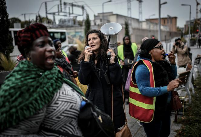 Manifestation des femmes de chambre de l'hôtel Ibis Batignolles, à Paris, le 17 octobre 2019.
