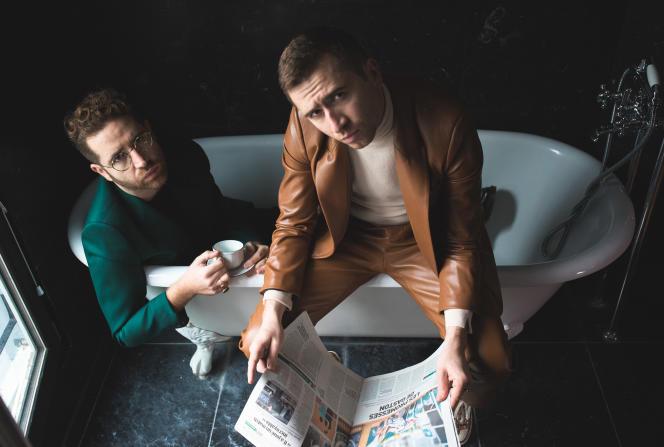 Les frères Théo et Valentin Ceccaldi,le 5 octobre 2020, à l'hôtel Pigalle à Paris.
