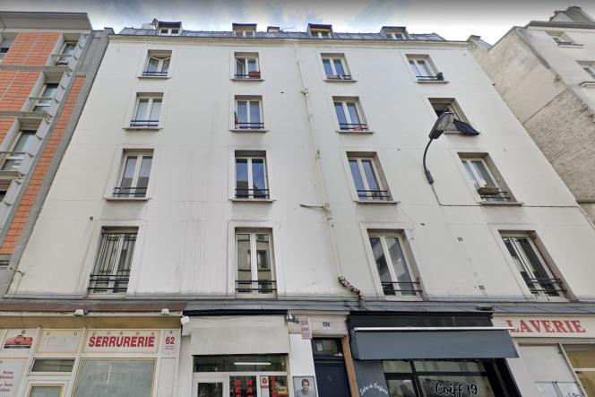 Façade de l'immeuble du 62, rue de Meaux (19earrondissement) où 36appartements étaient loués par un présumé marchand de sommeil, en mai 2020.