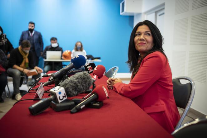 Samia Ghali, en conférence de presse à la mairie du 15-16 de Marseille suite à la démission de Michèle Rubirola, le 17 décembre.