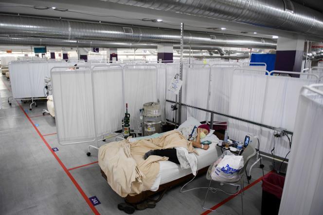 Un centre de soins provisoire, installé sur un parking de Reno (Nevada), mercredi 16décembre.