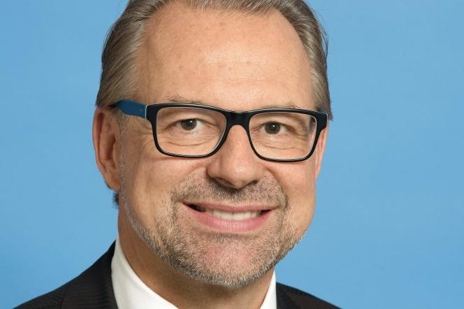 L'Autrichien Josef Aschbacher va dirigerl'Agence spatiale européenne (ESA).