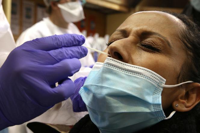 Plus de 70 millions de tests naso-pharyngés (PCR et antigéniques) ont été réalisés en France depuis le 1er mars 2020.
