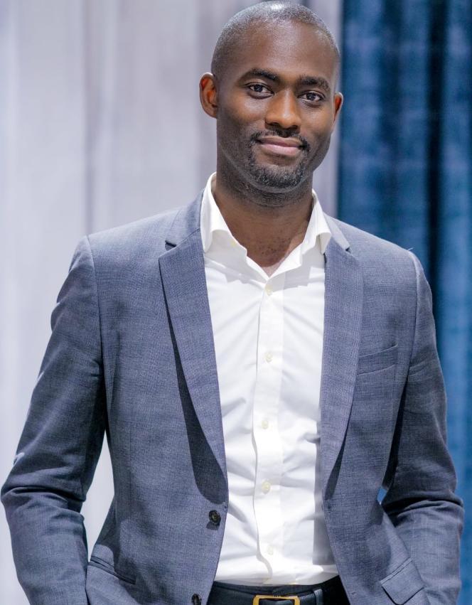 Philippe Simo, 35 ans. Ce Franco-Camerounais est le fondateur d'Investir au pays, une entreprise qui propose aux membres de la diaspora africaine de lancer des affaires sur le continent en les formant et en sécurisant leur business.