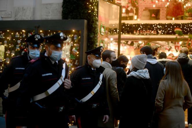 Dans les rues de Rome, le 19 décembre.