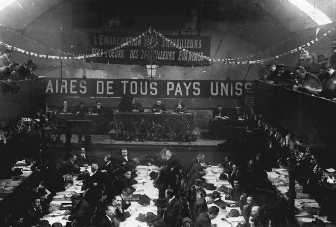 Au cours de ce congrès, du 25 au 30décembre1920, fut créée la Section française de l'Internationale communiste.