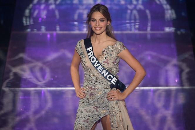 Miss Provence, April Benayoum,lors de la soirée de l'élection de Miss France 2021, au Puy-du-Fou, en Vendée, le19 décembre.