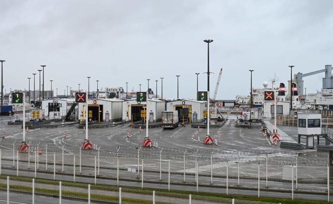 Channel Tunnel access terminal at Calais (Pas-de-Calais), 21 December.