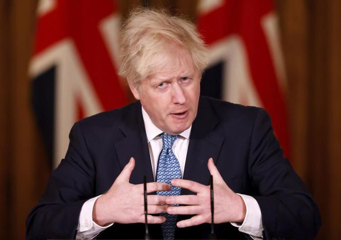 Le premier ministre britannique, Boris Johnson, lors d'une conférence de presse à Londres, le 21 décembre 2020.