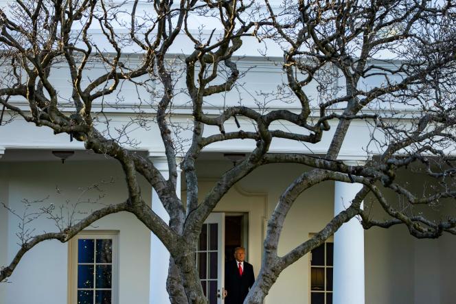 Donald Trump avant son départ pour Mar-a-Lago, à la Maison Blanche à Washington, DC, le 23 décembre.
