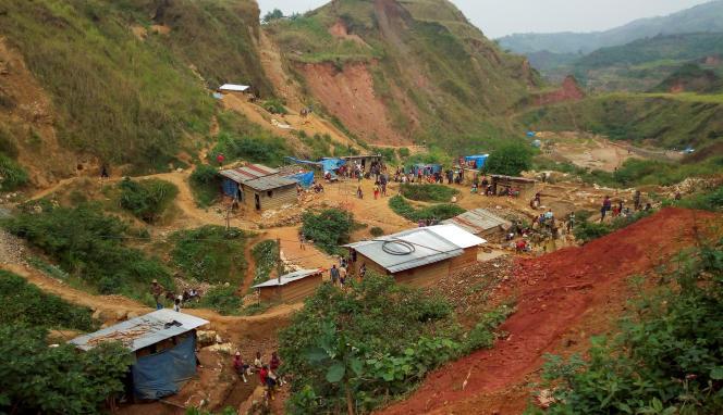 Une mine d'or artisanale près de Kamituga, dans l'est de la République démocratique du Congo, en août 2018.