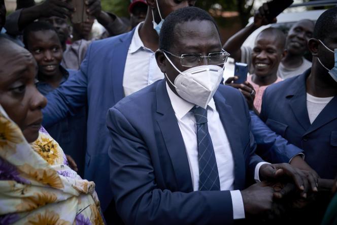 L'opposant malien Soumaïla Cissé à Bamako, le 9octobre 2020, au lendemain de sa libération par des djihadistes.