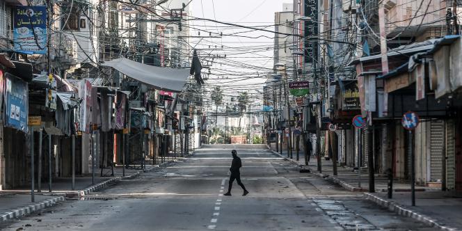 A Gaza, le 18 décembre.Début décembre, un confinement partiel a été mis en place: couvre-feu à partir de 18h30 et fermeture totale les week-ends (vendredi et samedi)