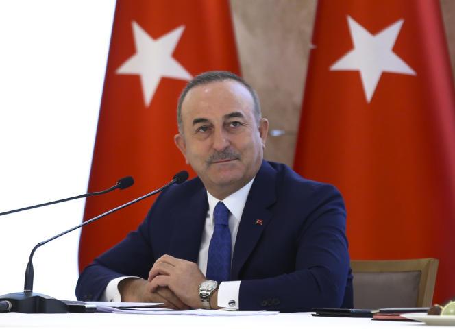وزیر امور خارجه ترکیه مولوت چاووش اوغلو در یک کنفرانس مطبوعاتی برای بررسی سال دیپلماتیک ترکیه در 30 دسامبر سال 2020.