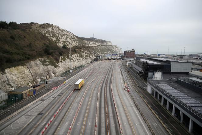 A l'entrée du terminal de ferries du port de Douvres, liaison avec la France et d'autres ports d'Europe du Nord, le 1er janvier.