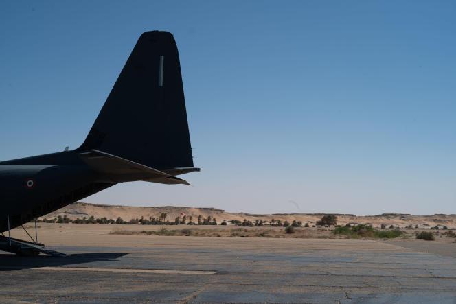 C130J, de l'armée de l'air francaise, sur la base de Faya-Largeau.