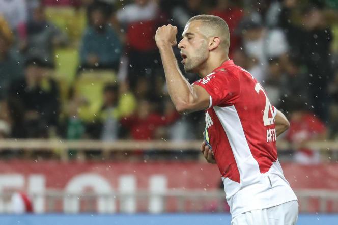 L'attaquant algérien Islam Slimani lors d'une rencontre face à l'équipe de Rennes, à Monaco, en octobre 2019.