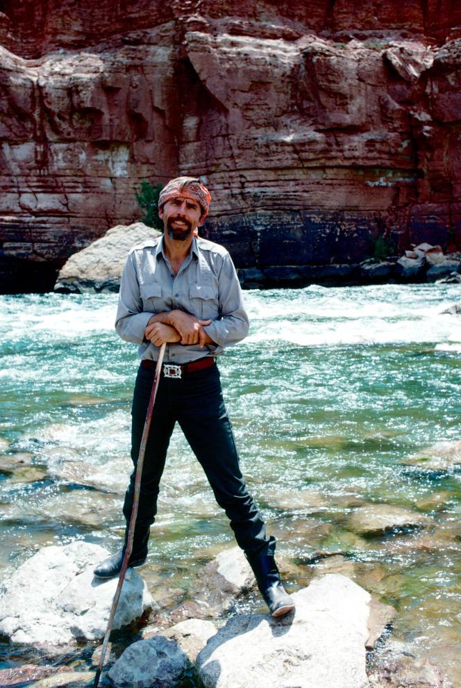 L'écrivain américain Edward Abbey, en juillet 1969.