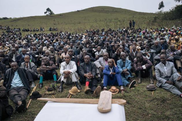 Funérailles d'un berger banyamulenge tué par une milice, près de Minembwe, dans le Sud-Kivu (RDC), le 7 octobre 2020.