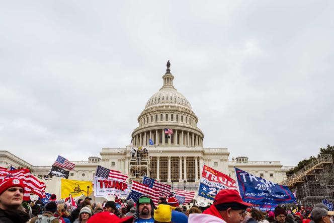 Manifestation des partisans du président américain Donald Trump devant le Capitole le 6 janvier à Washington DC