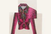 Chemise en jersey de viscose imprimé, Versace, 850€.
