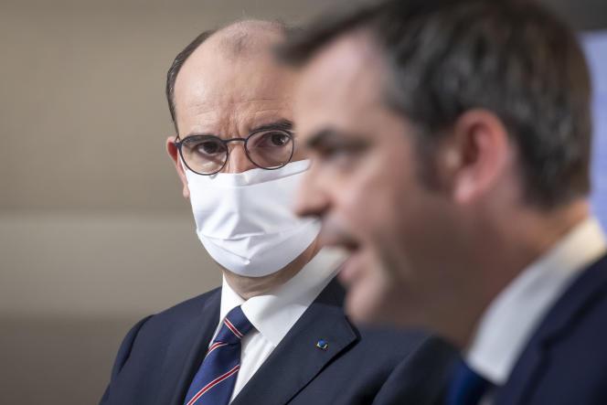 Jean Castex, premier ministre, et Olivier Véran, ministre de la santé, participent à point presse sur l'épidémie de Covid-19, à Paris, le 7 janvier.
