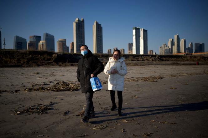 Sur la rive du fleuveYangzi Jiang,à Wuhan (Chine), le 31 décembre 2020.