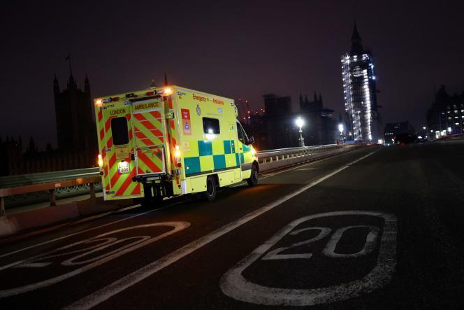 Sur le pontde Westminster, le 1er janvier à Londres.