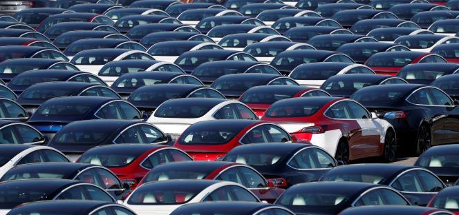 Nouvelles voitures Tesla à Southampton, Royaume-Uni, le 20 avril 2020.