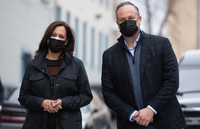 La vice-présidente élue, Kamala Harris, et son mari, Doug Emhoff, le 25 novembre 2020 à Washington DC.