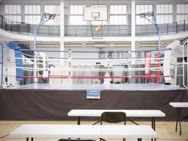 L'opération nationale de dépistage massif de Roubaix est organisé autour du ring de box de la salle de sportLeon François ce lundi 11 janvier.