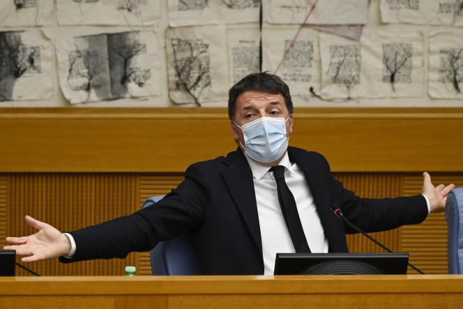 Le sénateur italien et chef du parti Italia Viva, Matteo Renzi, tient une conférence de presse à Rome, le 13 janvier.